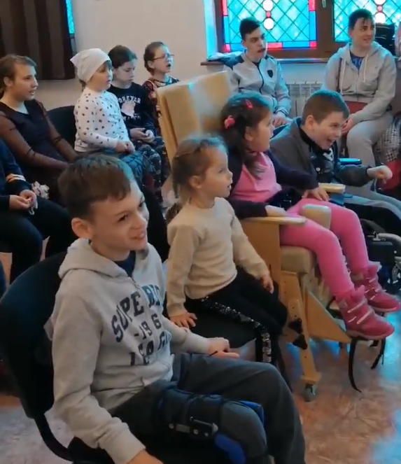 """репетиция воспитанников центра социальной реабилитации """"Родник"""""""